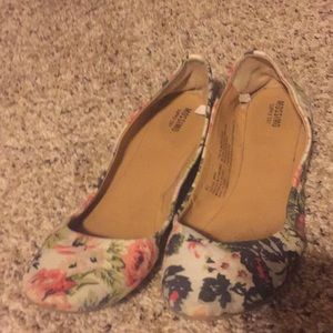 Mosssimo Floral ballet flats